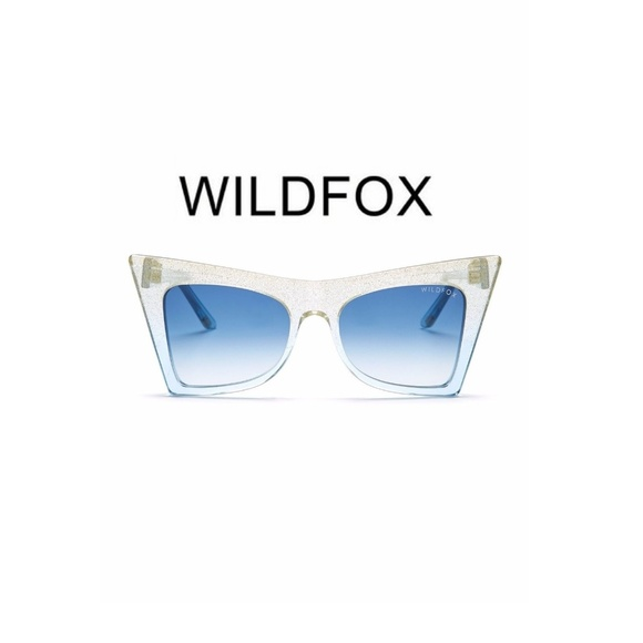 9748e6aebaa87 WILDFOX Ivy Cat Eye Sunglasses Gradient Blue